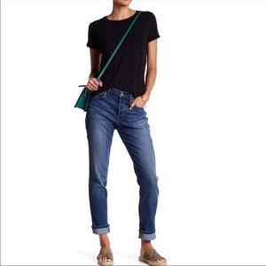 ANTHROPOLOGIE SLOUCHY STRAIGHT LEG JEANS 28